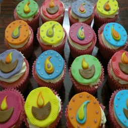 Send Cupcakes to BangaloreOnline Cupcakes Delivery to BangaloreBuy