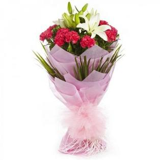 Send Lily Flowers to Bangalore