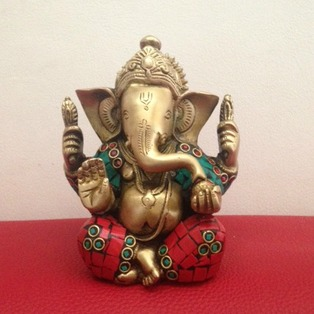 Send Idols Gifts to Bangalore