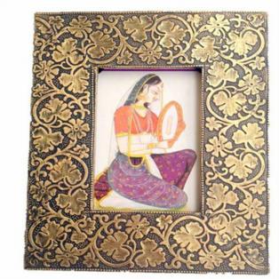 Idols Gifts to Bangalore