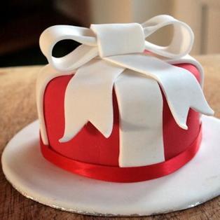 Fondant Cake to Bangalore